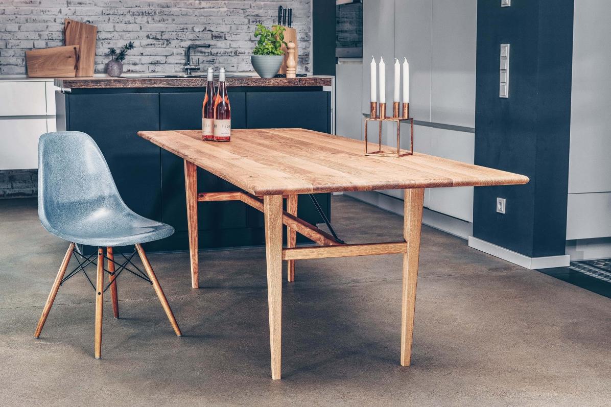 Tisch Miegampe