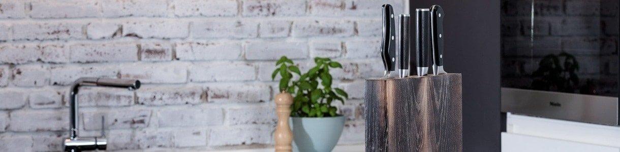 Küchenmöbel aus nachhaltigem Massivholz online kaufen